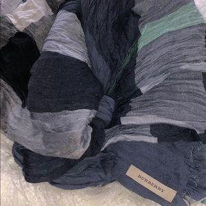 Burberry Pale Blue Color Check Linen Wrap/Scarf